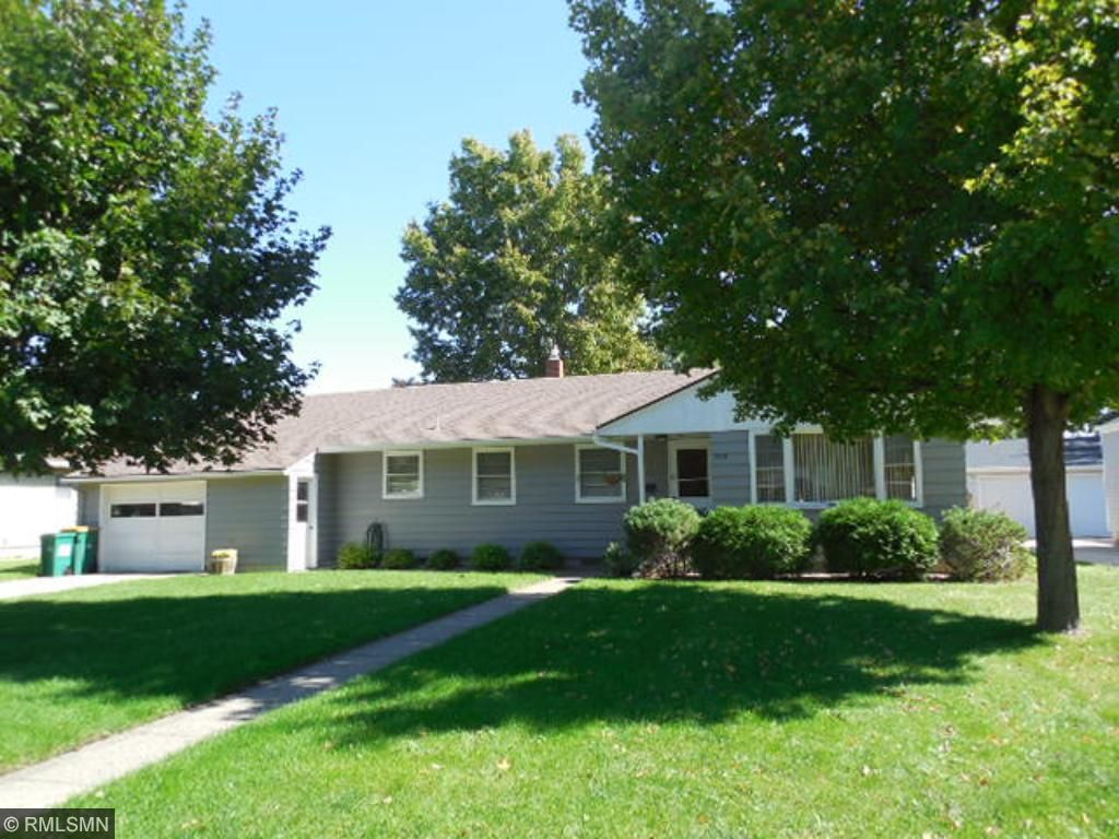 One owner home has been lovingly cared for!