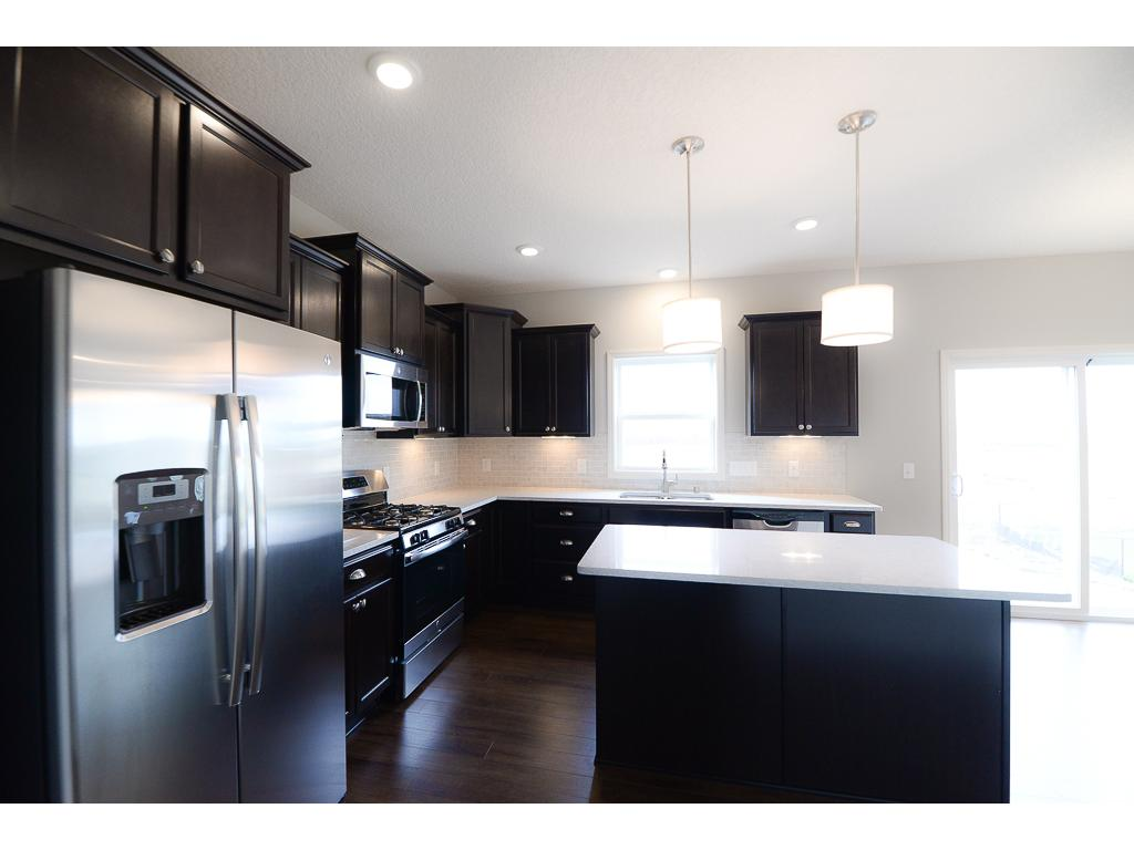 Energy efficient GE stainless steel appliances including a gas range!