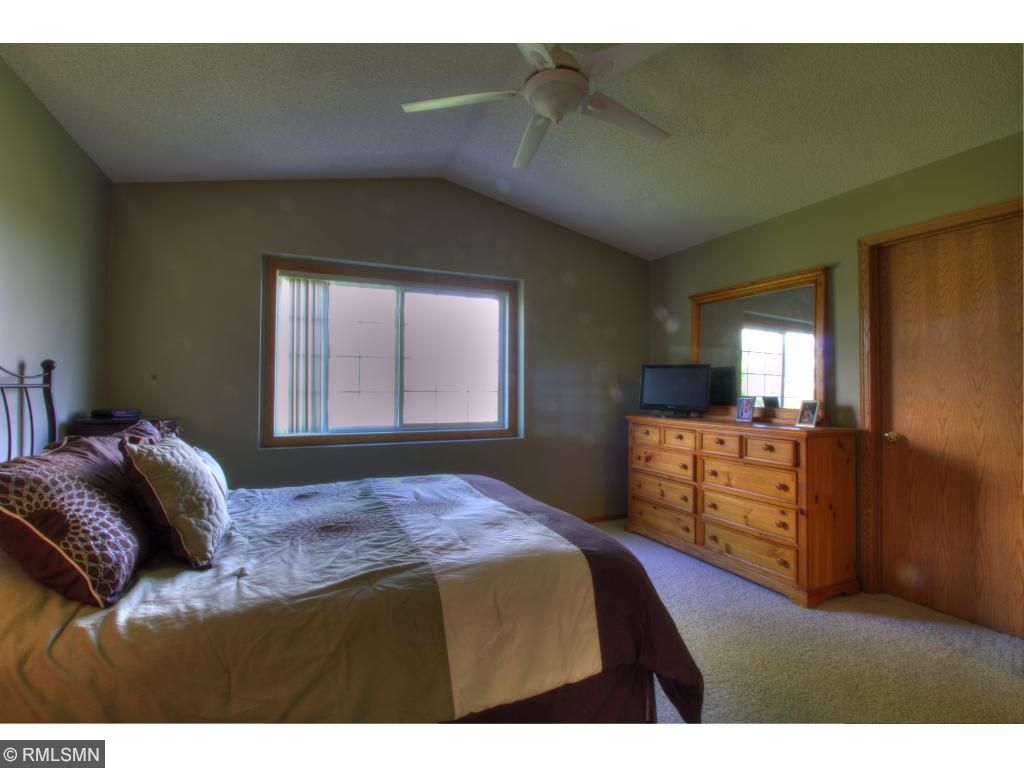 Large Master Bed with walk-in closet and walk-thru to full bathroom