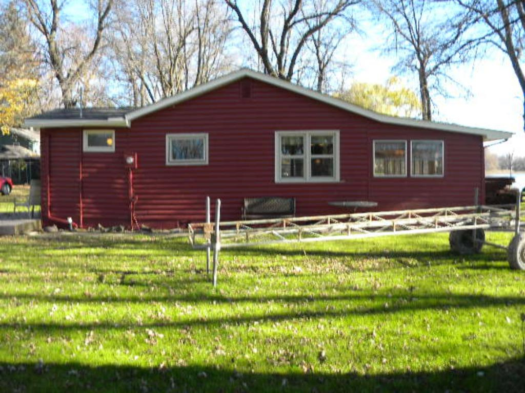 Cabin sits on large lot