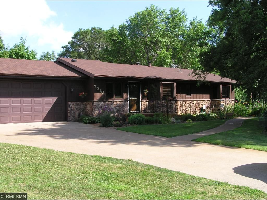 Beautiful walkout rambler is fully handicap accessible.  Located on a 1+ acre culdesac lot.