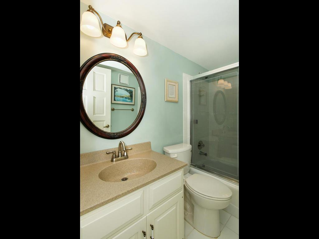Guest bath adjoining the guest room.