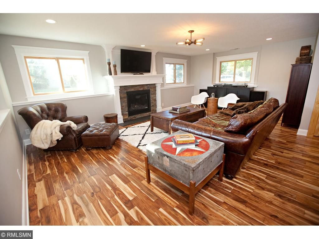 Another view of this spacious familiy room.