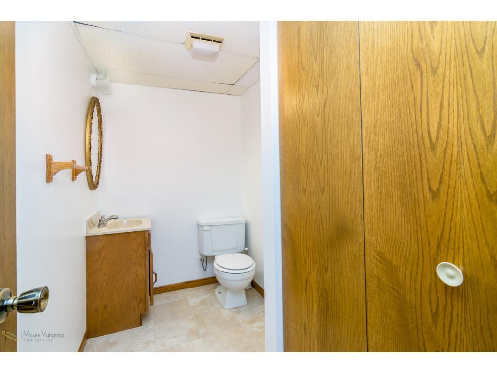 7361 - private lower level 1/2 bath
