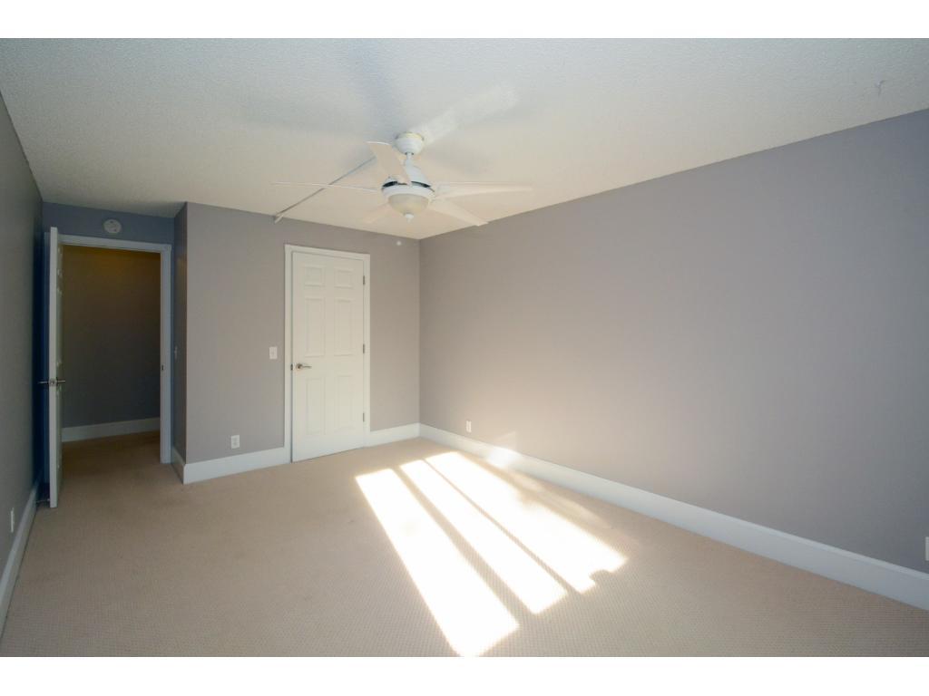 Very spacious bedroom!