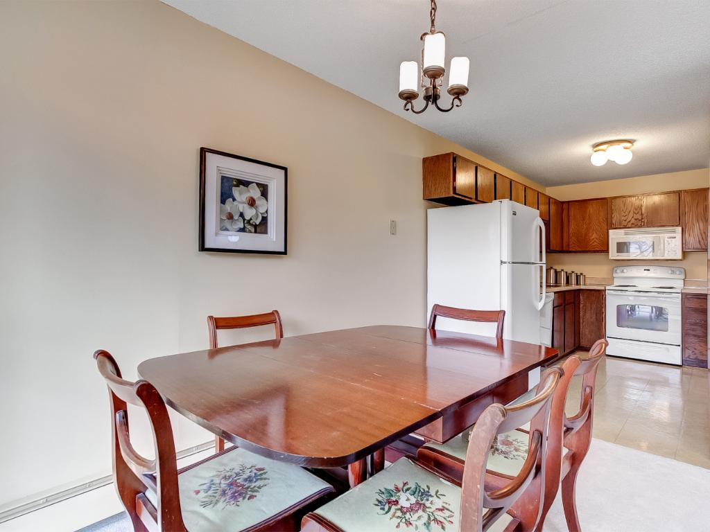Nice dining room space off of kitchen