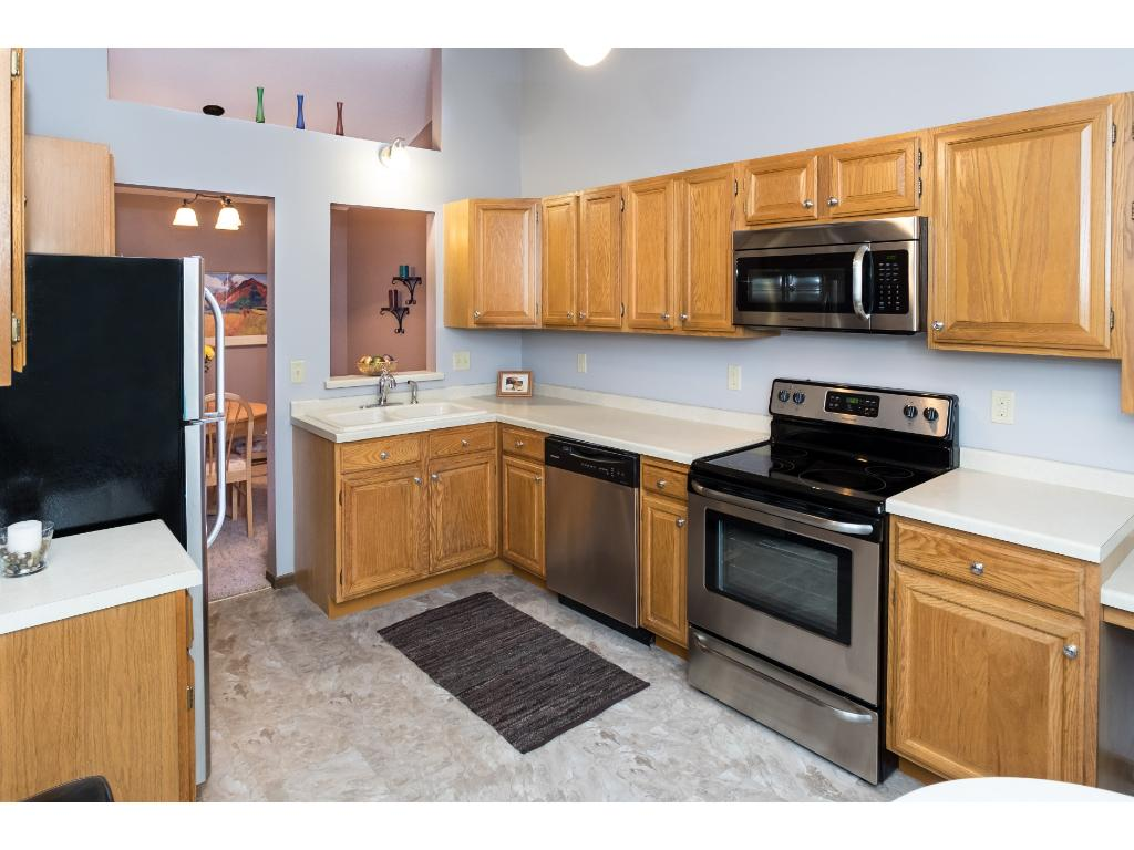 Amazing kitchen!  Perfect for entertaining friends and family.  New, stainless steel appliances.