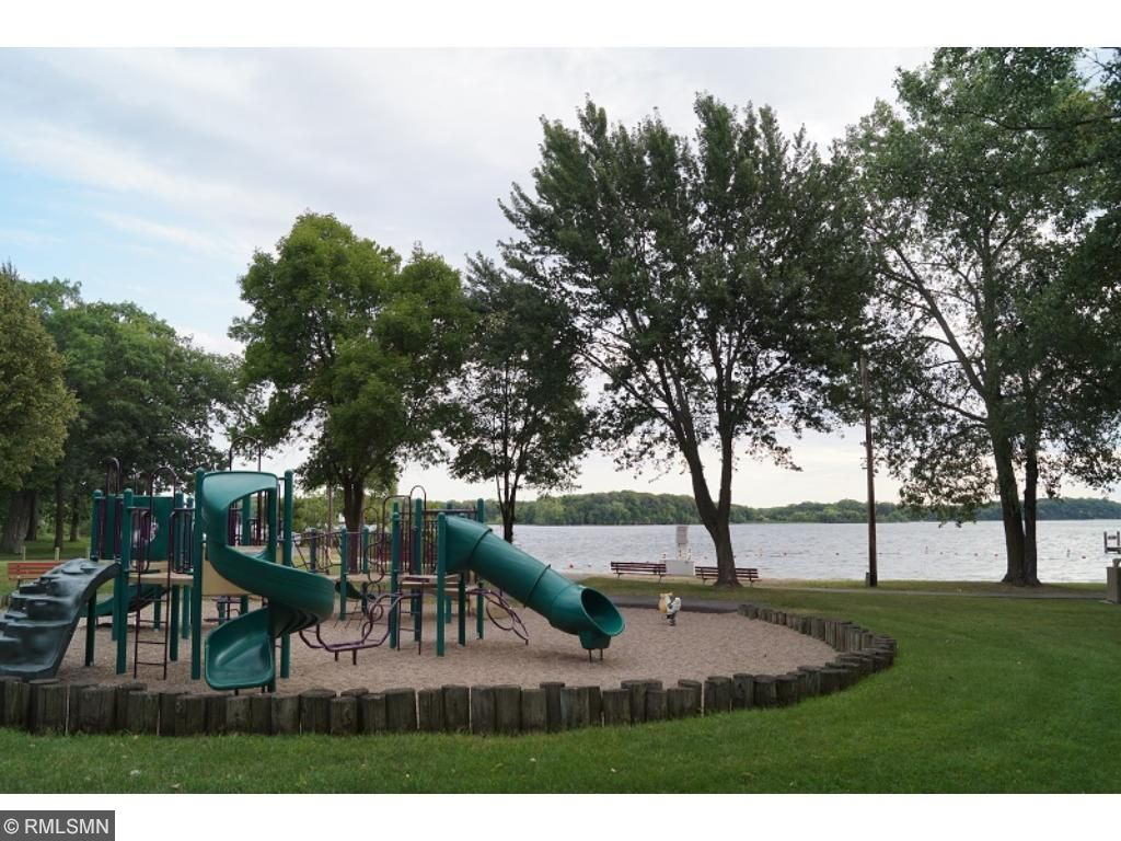 Numerous parks and beaches on Lake Minnetonka are nearby.