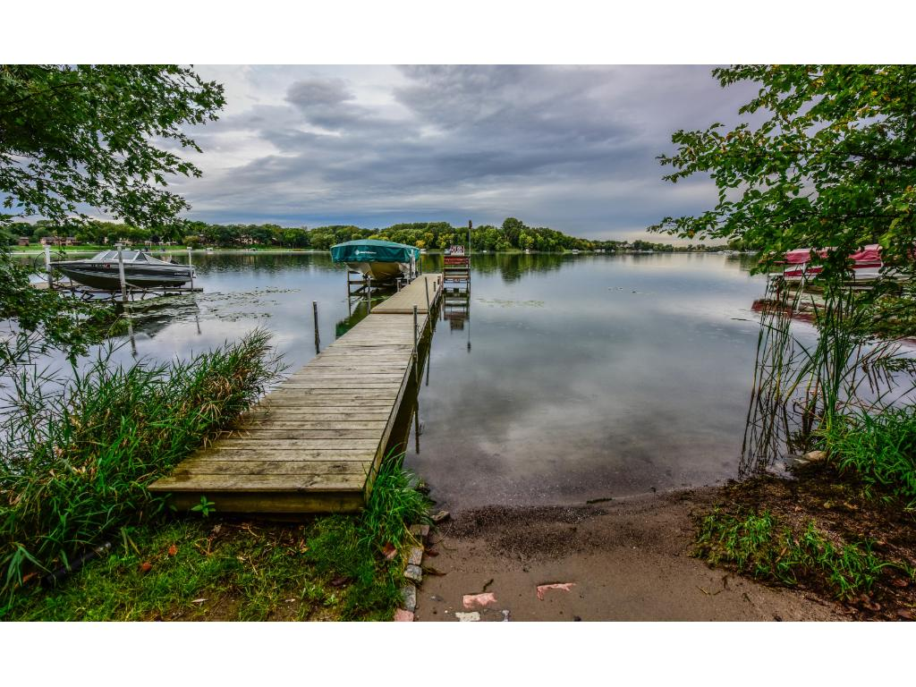Share this aluminum dock with one neighbor but pay low lake shore taxes.