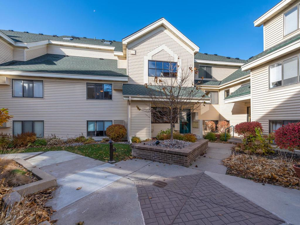 7618 York Avenue S 1213 Edina MN 55435 5015642 image1