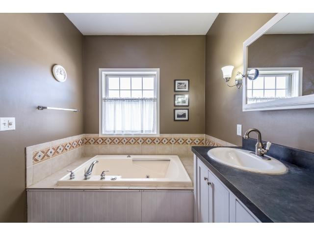 Master bath with a nice deep jetted tub, walk in shower and double sinks for his and hers.