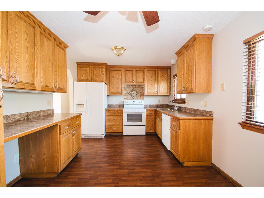 785 Larpenteur Ave Has A Beautiful Kitchen With Ample Storage And Oak Cabinetry Newer Flooring