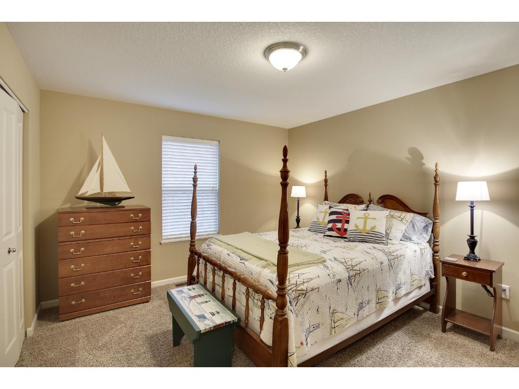 Lane Furniture Bedroom 8030 Lakebridge Lane Victoria Mn 55386 Mls 4797519 Edina Realty