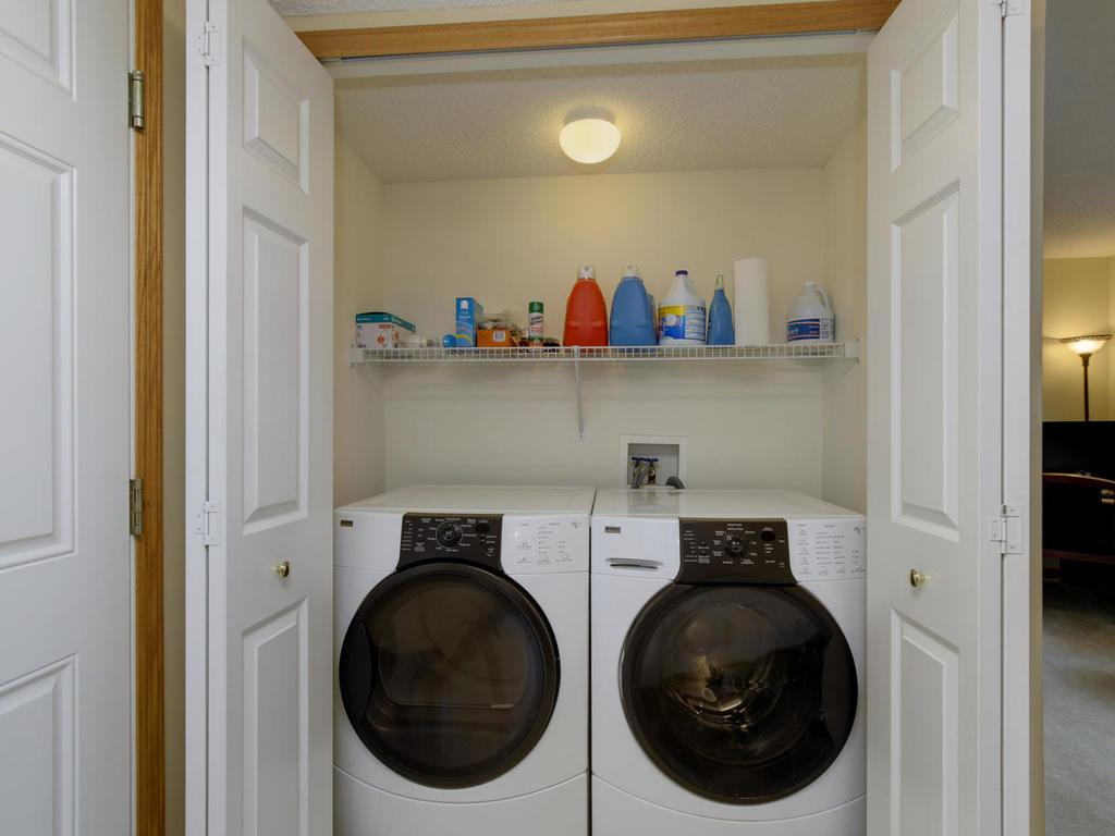 washer/dryer with unit