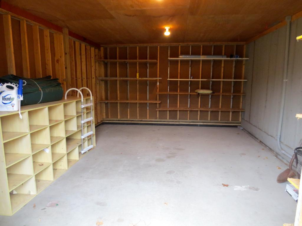 Large storage area under the home.