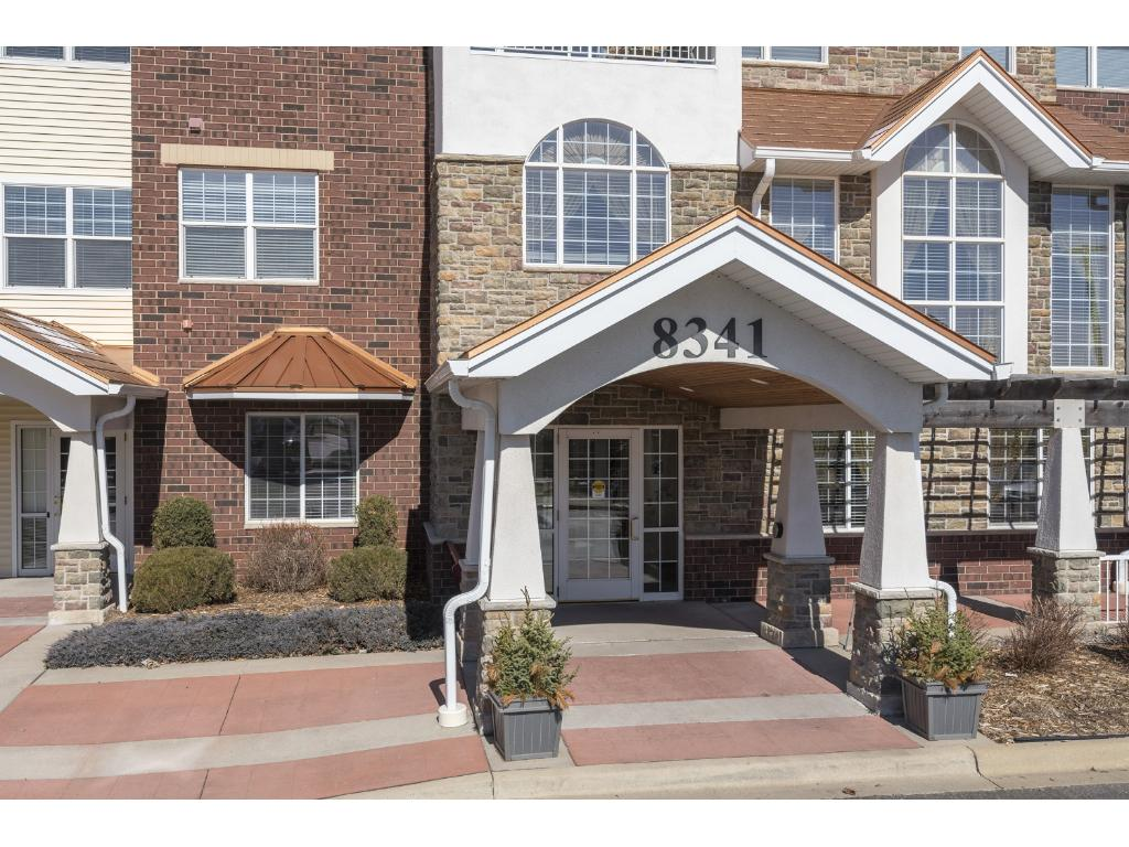 Welcome to Applewood Pointe Unit 205. Located on the NW corner of the building, this 1,303 sq. ft. home has all living on a single level. 2 bedrooms, a full bath, 3/4 bath and laundry.