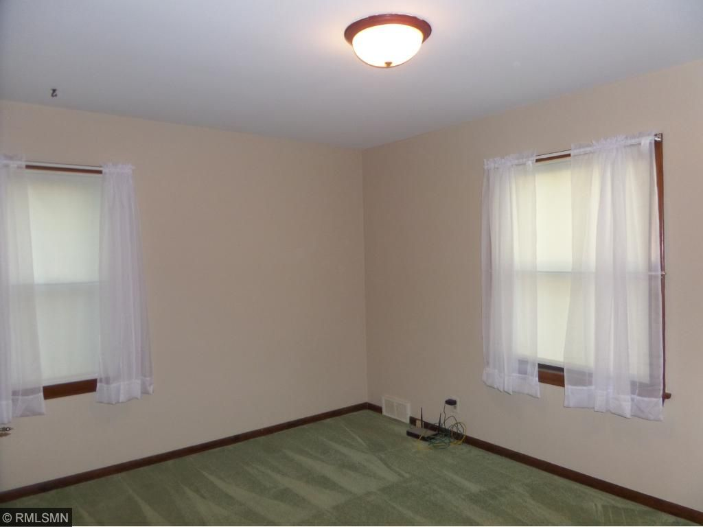 2nd bedroom with 2 windows!
