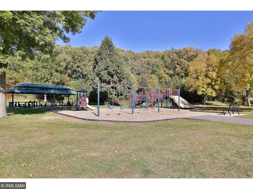 Walking distance to Woodridge Park, one of Cottage Grove's premier parks! 50 acres of pristine park land.  Ice rink, tennis courts, basketball courts, baseball fields, and volleyball court.  Paved/natural trails, preserved hardwoods, and a pond.