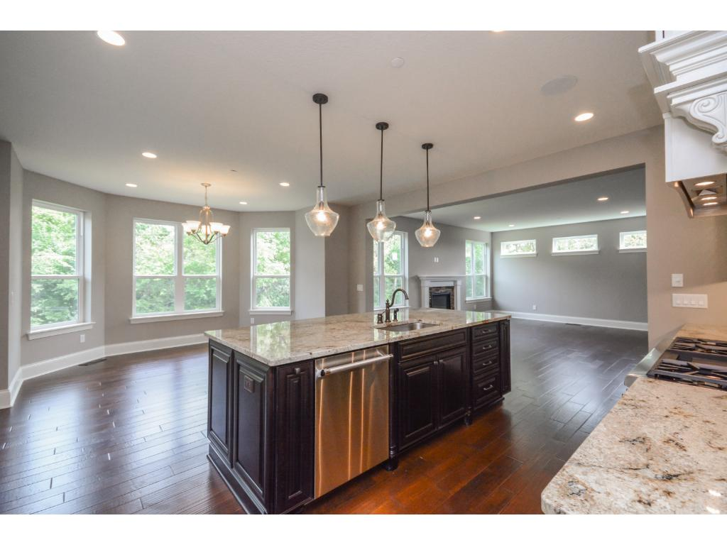 Great open floor plan-perfect for entertaining.