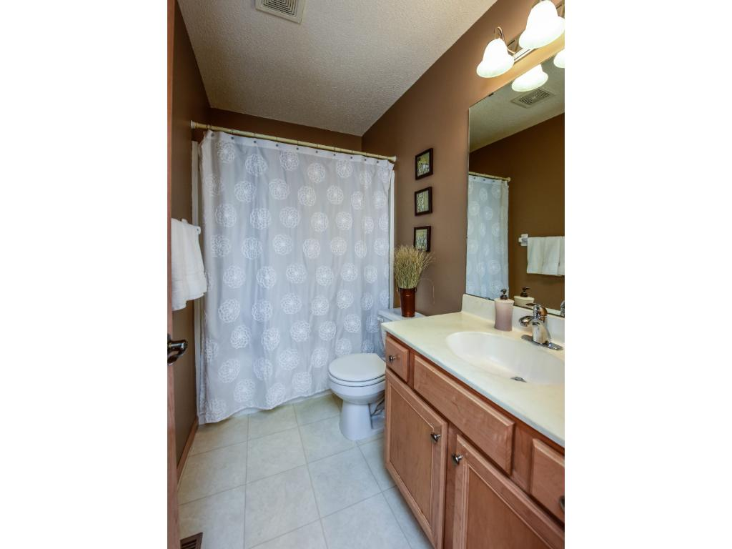 Full bath on the upper level for the additional 2 bedrooms.