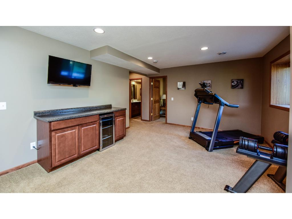 Dry bar area perfect for game or exercise room.