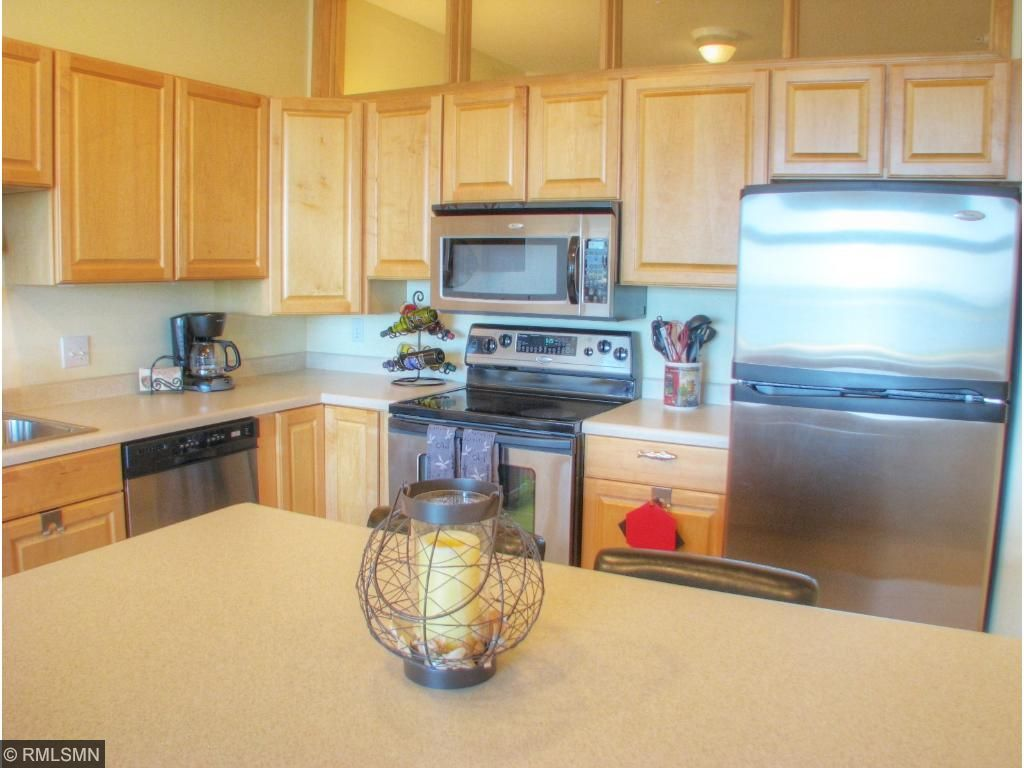 Maple Cabinets, Stainless Steel Appliances and Large Island