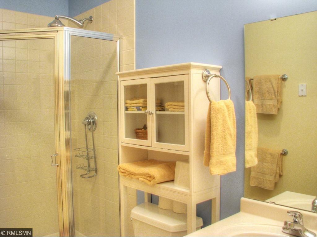 Main/Guest Bath
