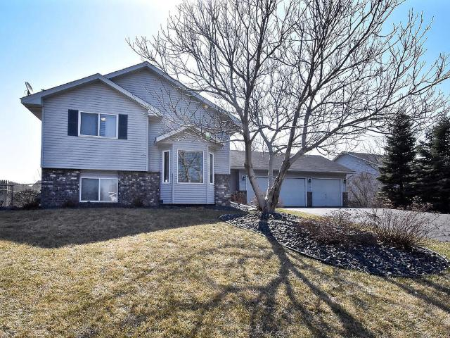 9012 Victoria Gardens, Brooklyn Park, MN 55443 | MLS: 4701934 | Edina Realty