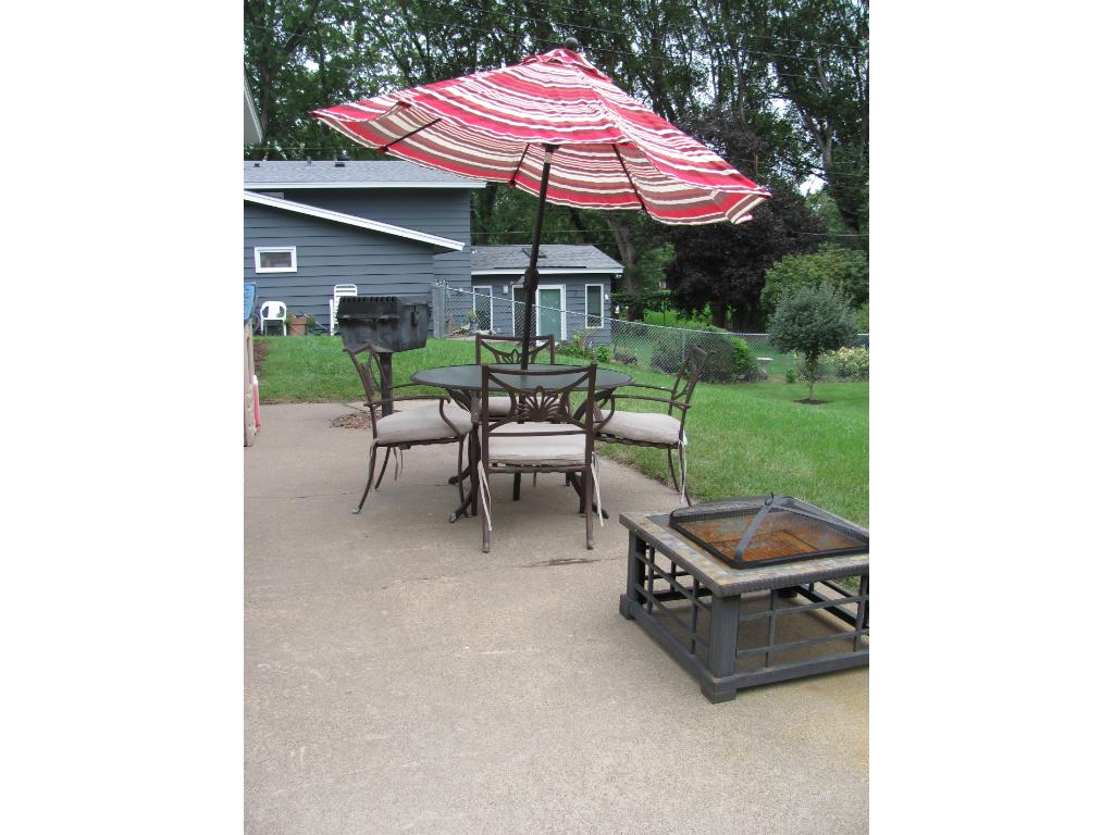 Big 11x28 patio great for having friends and family gatherings.