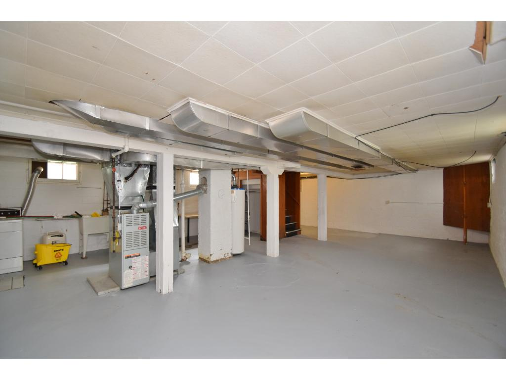 Unfinished lower level provides opportunity to finish how you would like.