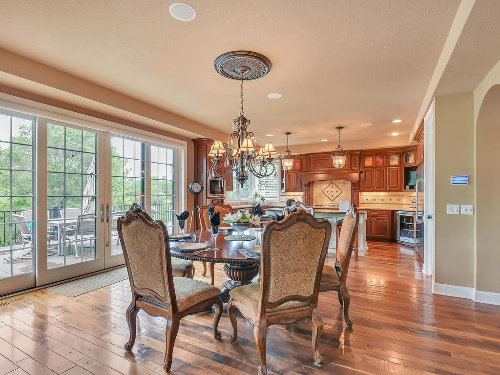 9215 Rich Valley Boulevard, Inver Grove Heights, MN - USA (photo 4)