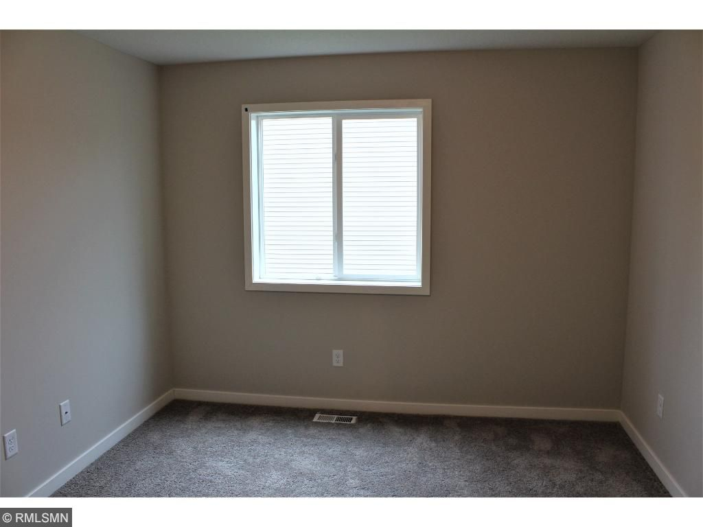 saint paul park chatrooms Another listing from steve f@ renters warehouse nicely updated modified two-story single family home in st paul park with newly updated kitchen and hardwood floorsthe main level has a beautiful open living-room and dining-room with hardwood floors.