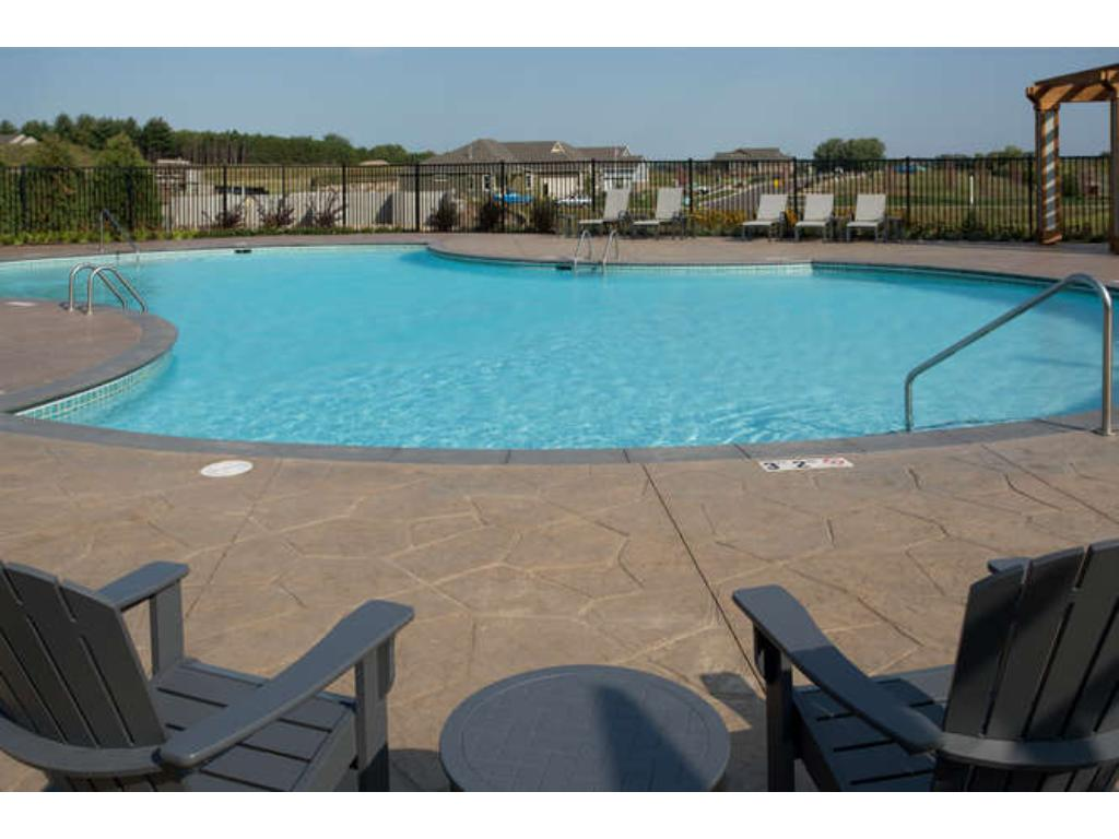 Community pool and pool house exclusively for Pulte homeowners!