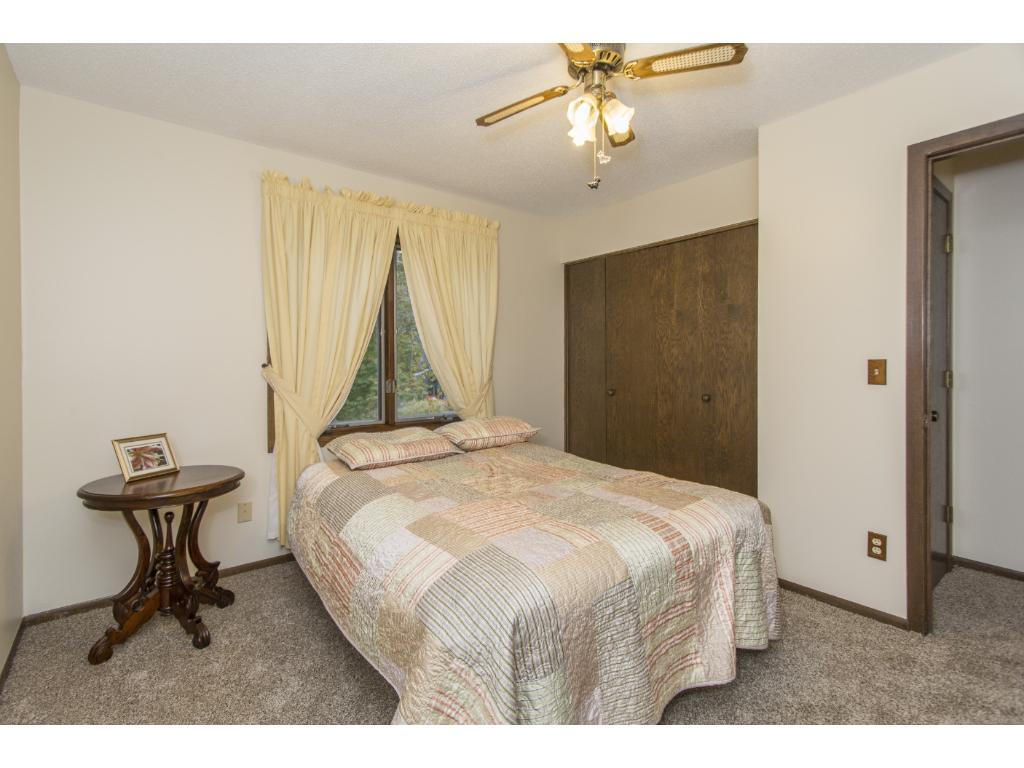 UL front bedroom