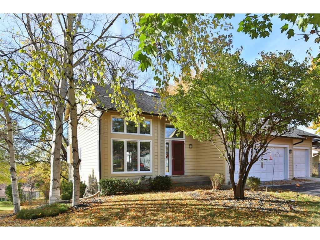 Fantastic Sunrise Ridge location in desirable West Bloomington close to Bush Lake with easy access to Hwy 169 for commute.