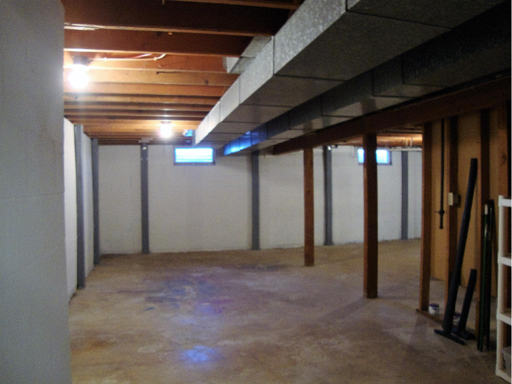 Second large open area in basement