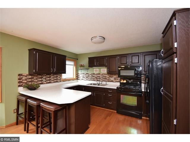 Awesome 9854 Ilex Street NW Coon Rapids MN 55433