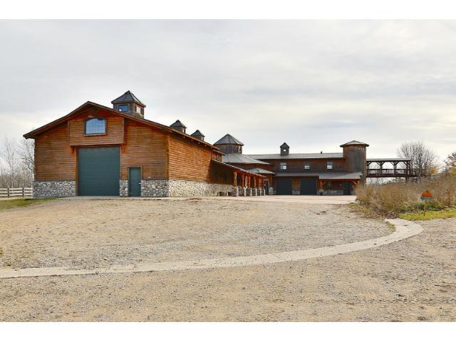 barn w/living quarters