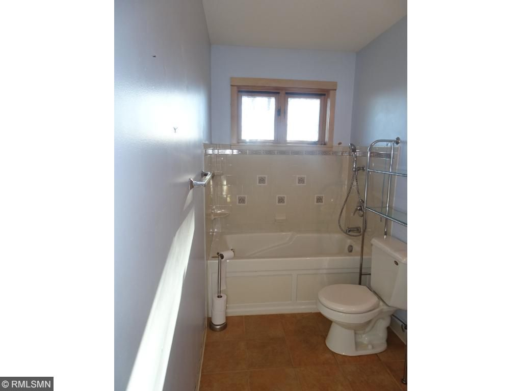 upper level bath in home with jet tub
