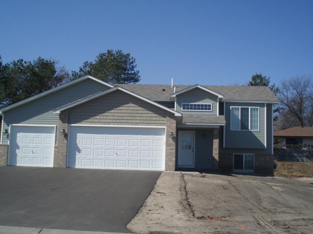 Picture of similar home built with same floor plan.