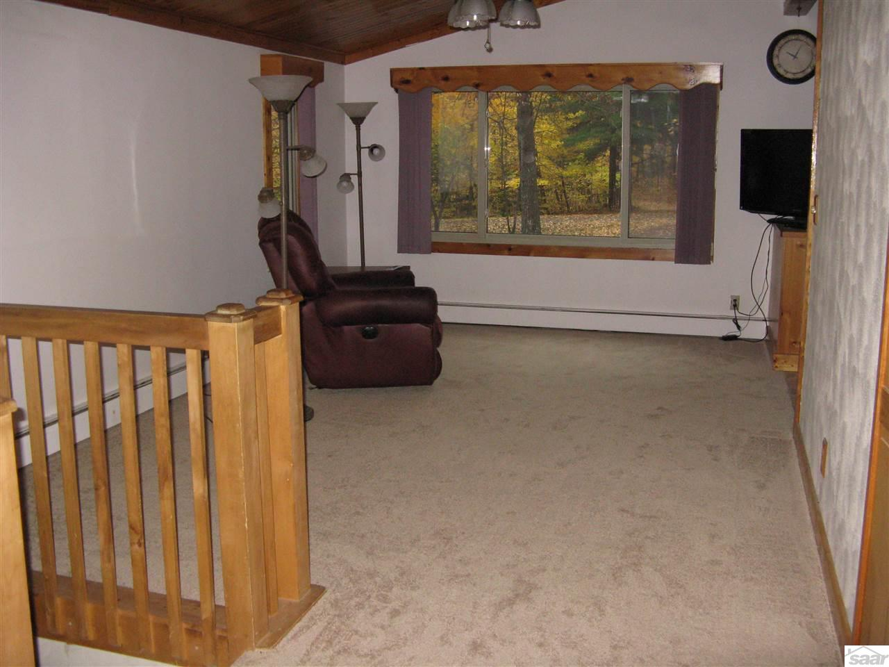 Good space.....plus...NEW neutral carpet is in!
