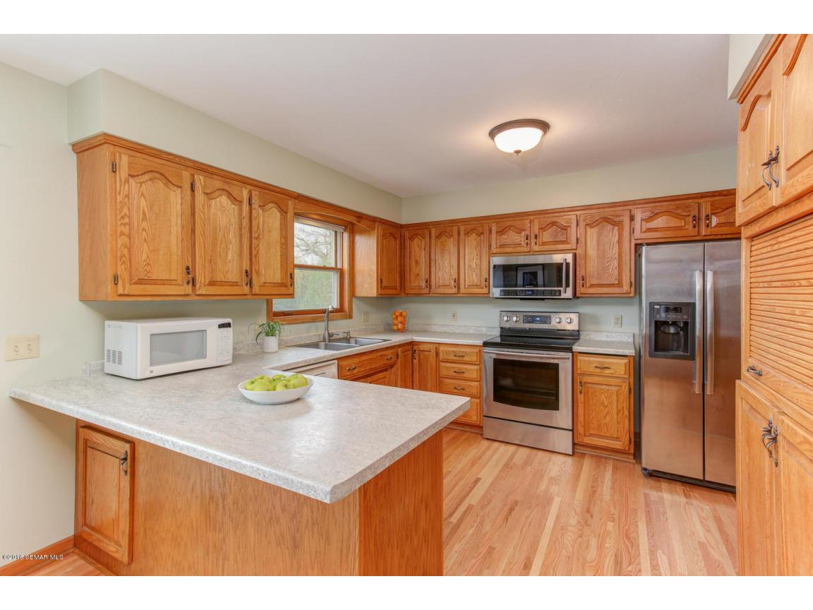 1008 21st Ave SW Rochester MN-large-007-