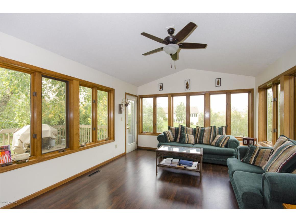 12 Sunroom 1