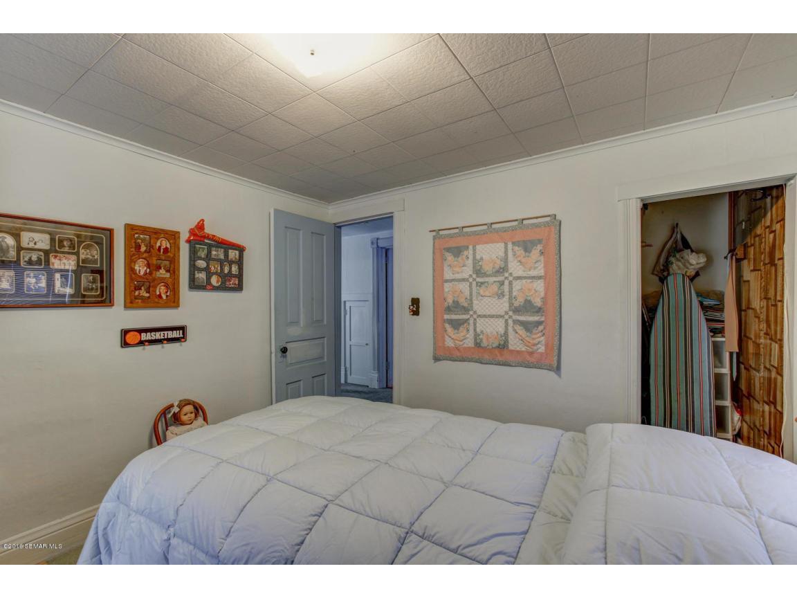 108 1st Ave Wanamingo MN 55983-large-022