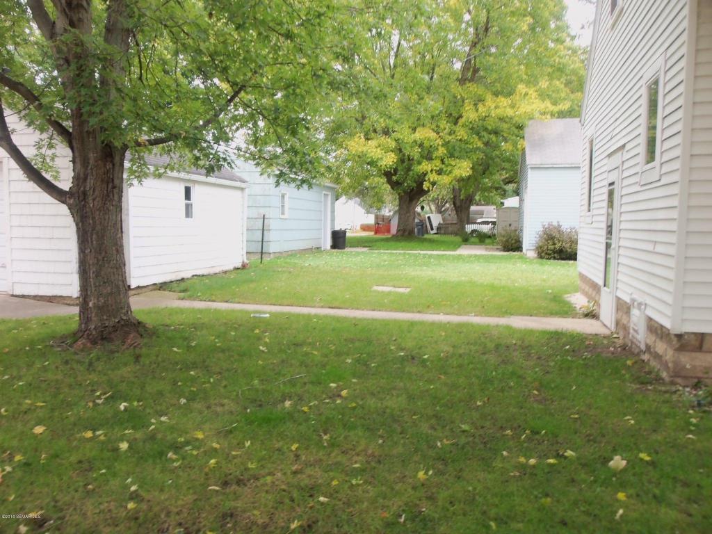 04 backyard