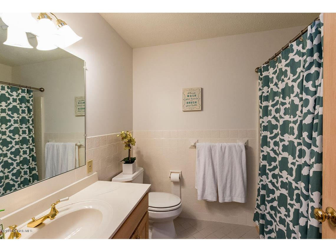 _Lower Level Bath