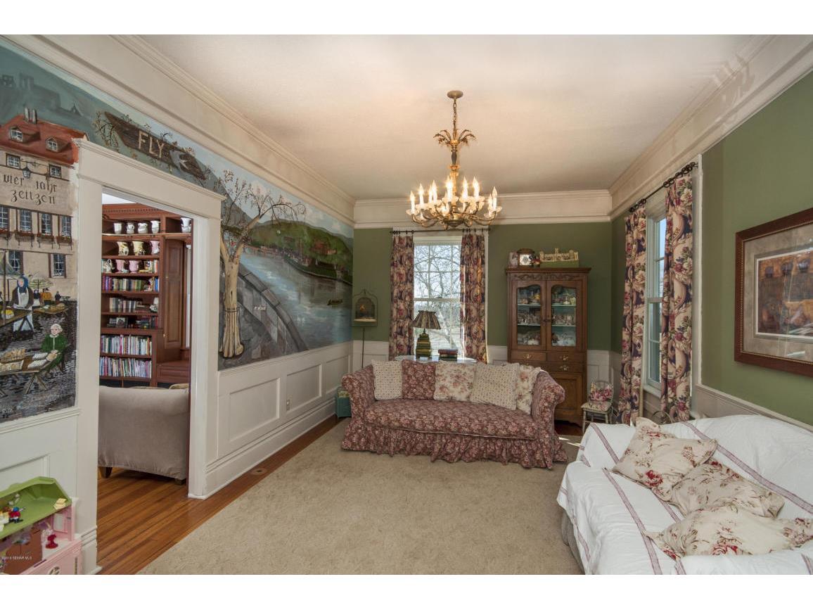 24-Living Room 2