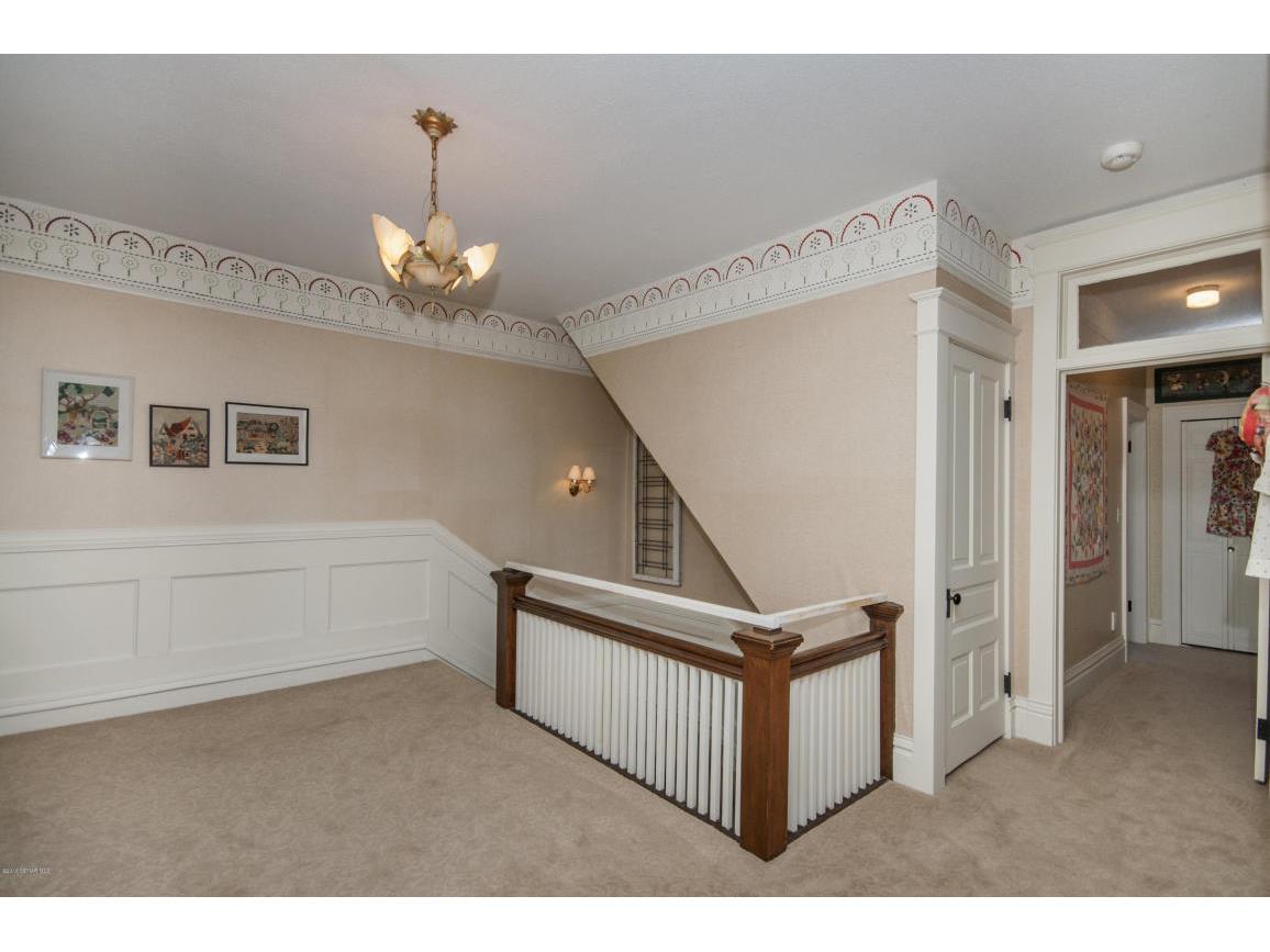 29-Hallway 4