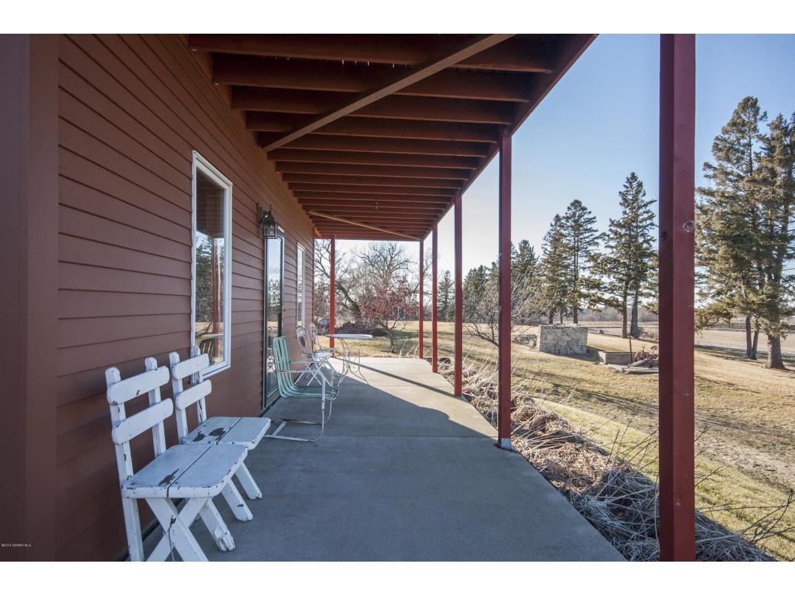 64-Guest House Patio