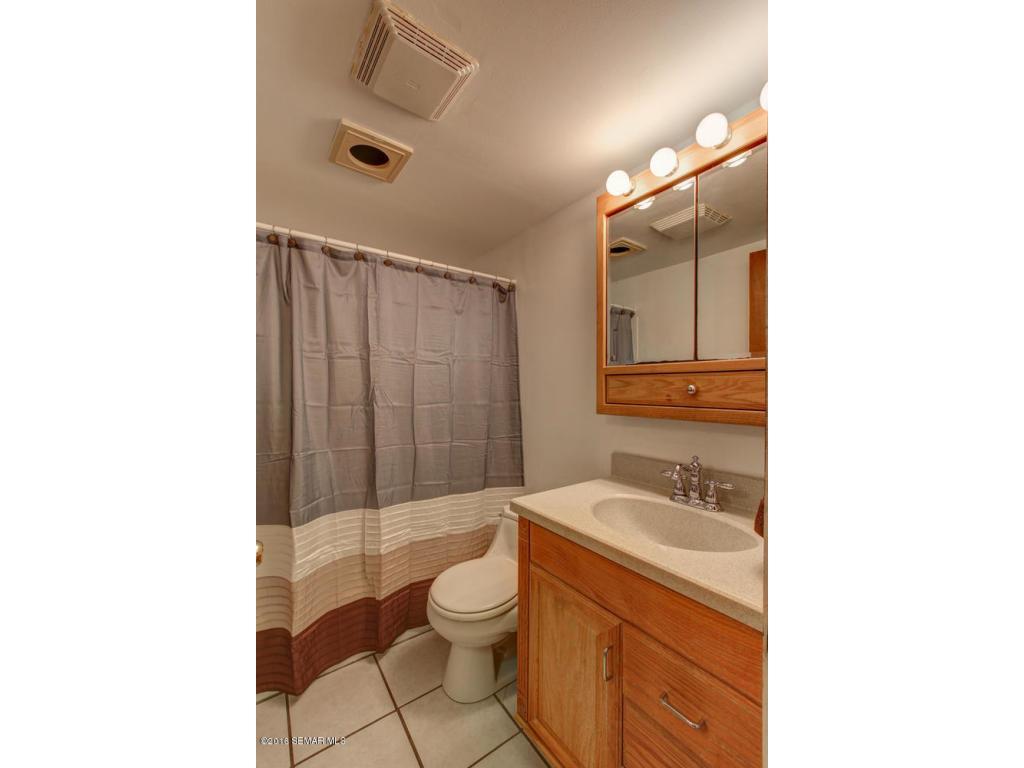 23 Bathroom 2
